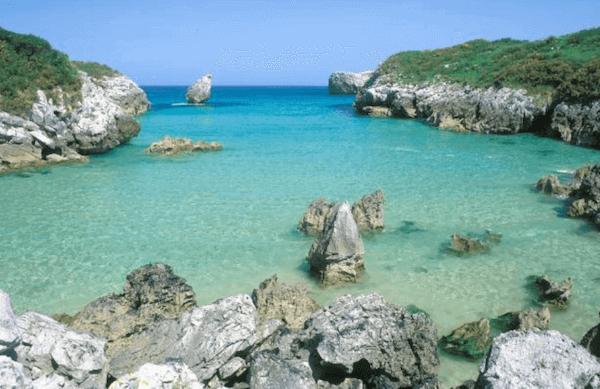 playas bonitas llanes